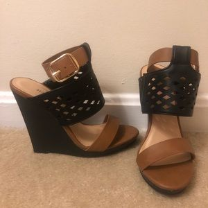 NEW wedged sandals